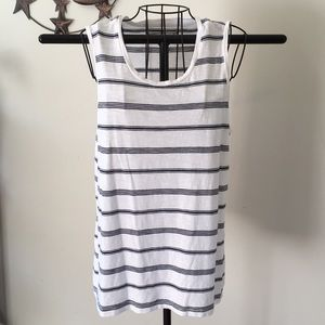 NWOT Abercrombie and Fitch sleeveless T-shirt S
